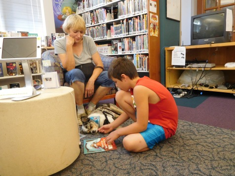Preparing to read to a Tail Waggin Tutor