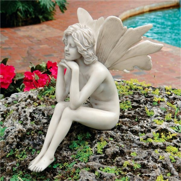 sitting-garden-fairy-ornament-male-or-female-garden-fairy-ornaments-600x600