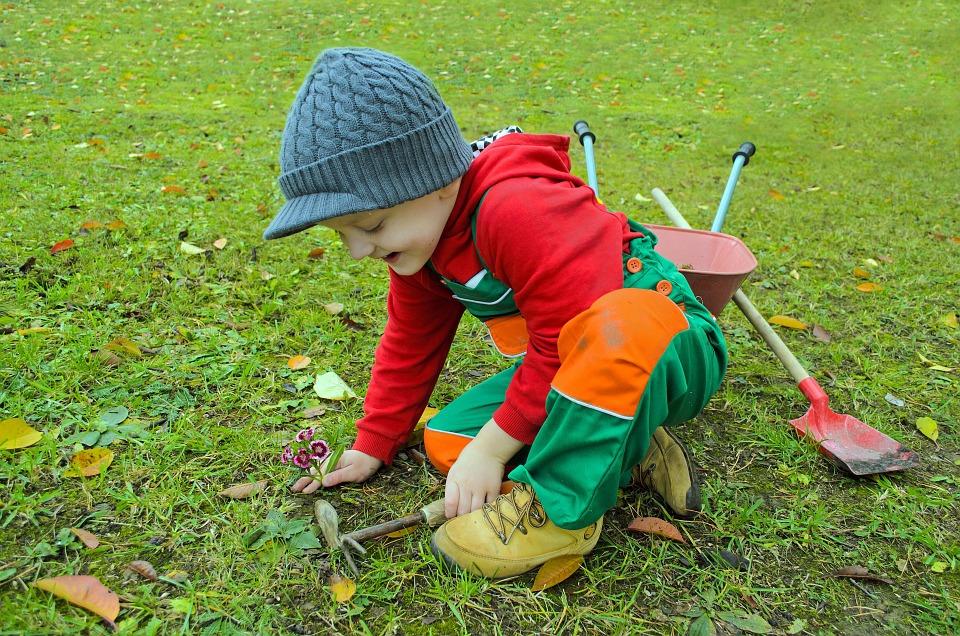 small gardener.jpg